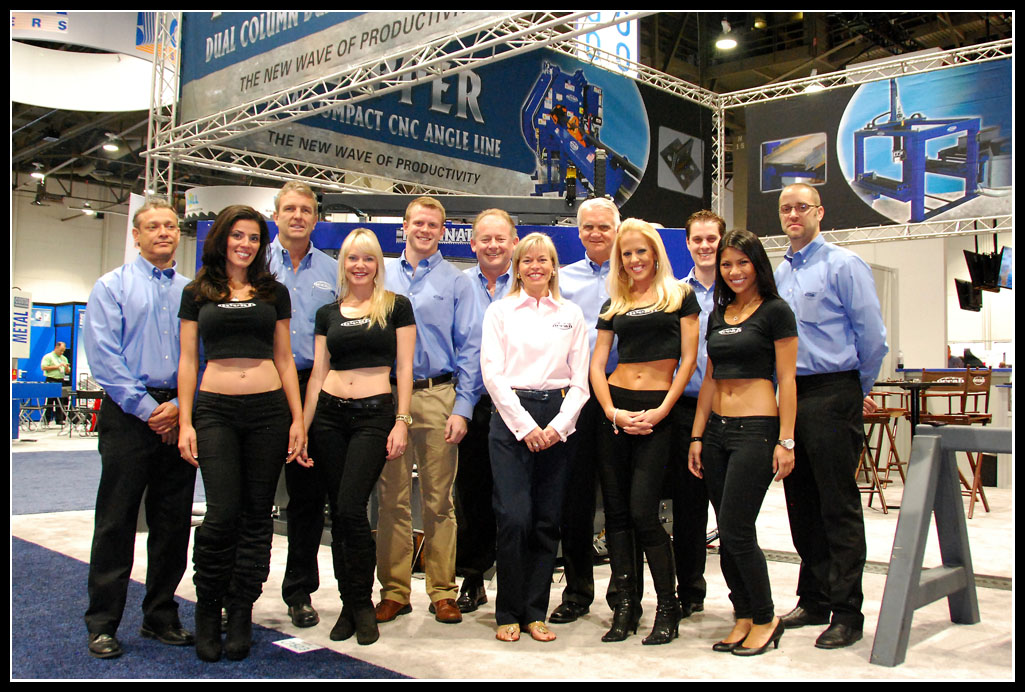 The Ocean Machinery team complete with the ever popular Oceanettes!